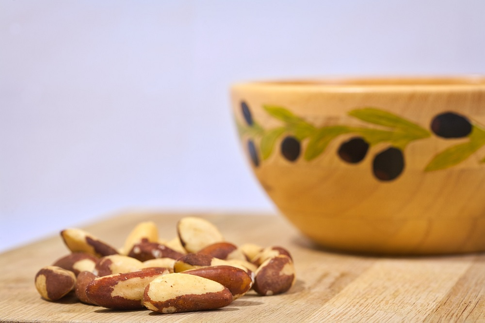brazil nuts folate source